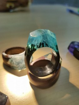 Wood Resin Larimar Ring - Nhẫn Lam Thạch